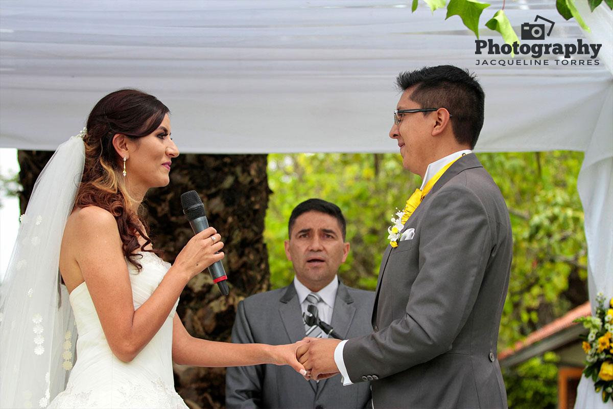 fotos-de-bodas-en-quinta-la-constanza5 Fotografias de la boda de Carolina y Santiago en Quinta La Constanza