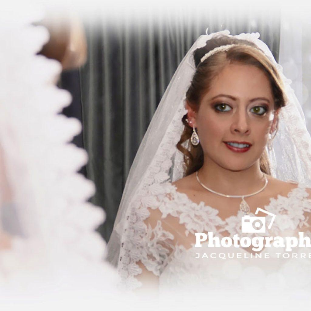 fotografia-pre-boda-jacqueline-torres-fotografo-quito-ecuador-bodas-cumpleano-1024x1024 Galeria de Fotos