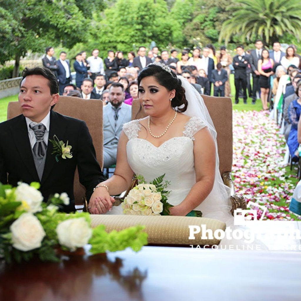 novios-en-matrimonio-al-aire-libre-1024x1024 Fotos de Julio 2016 - Actualización